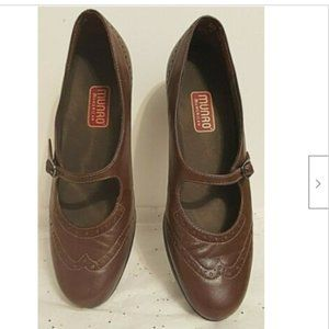 Munro Women Shoes Size 6.5 N Brown Mary Jane Pumps